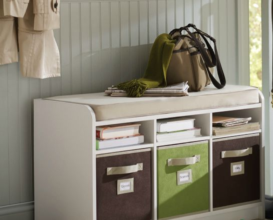 Foyer storage bench