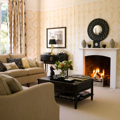Depersonalizing your home - Home decorating ideas living room walls ...