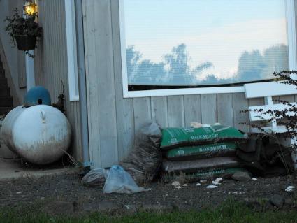 Outdoor yard clutter