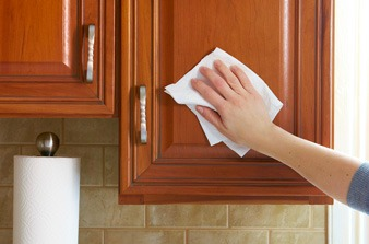 easy way to clean kitchen cabinets the easiest way to clean your greasy cabinets 9640