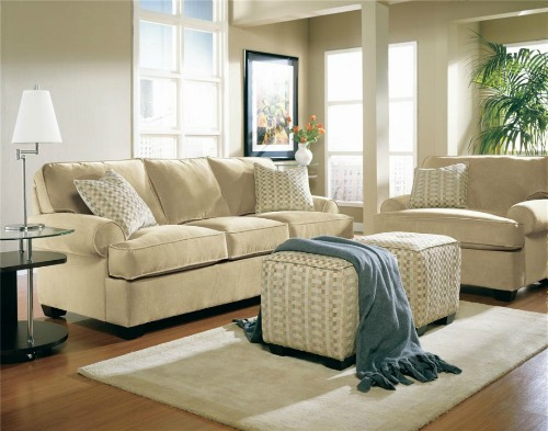 Monochromatic living room. Staging your furniture.