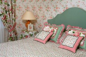 Outdated bedroom interior design pictures